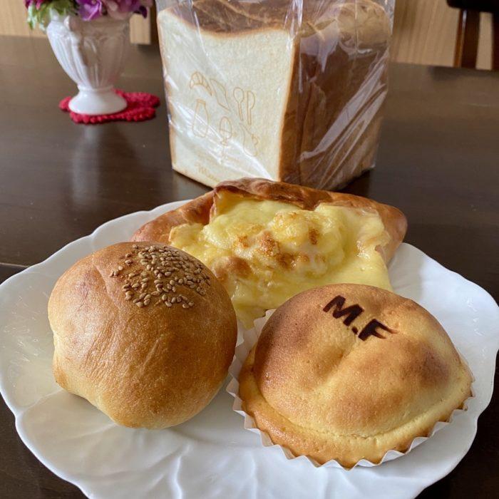 マリーフランスの食パン・あんパン・クリームパン